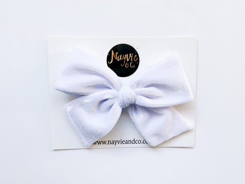 White Velvet Hand-tied Bow