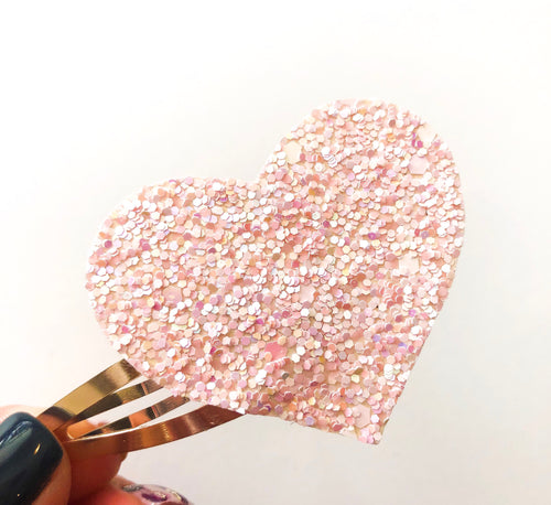 Blush Glitter Heart Snap Clip