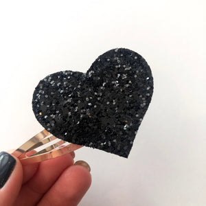 Black Glitter Heart Snap Clip