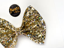 Showstopper Glitter Bow