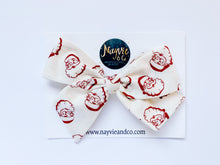 Saint Nick Hand-tied Bow