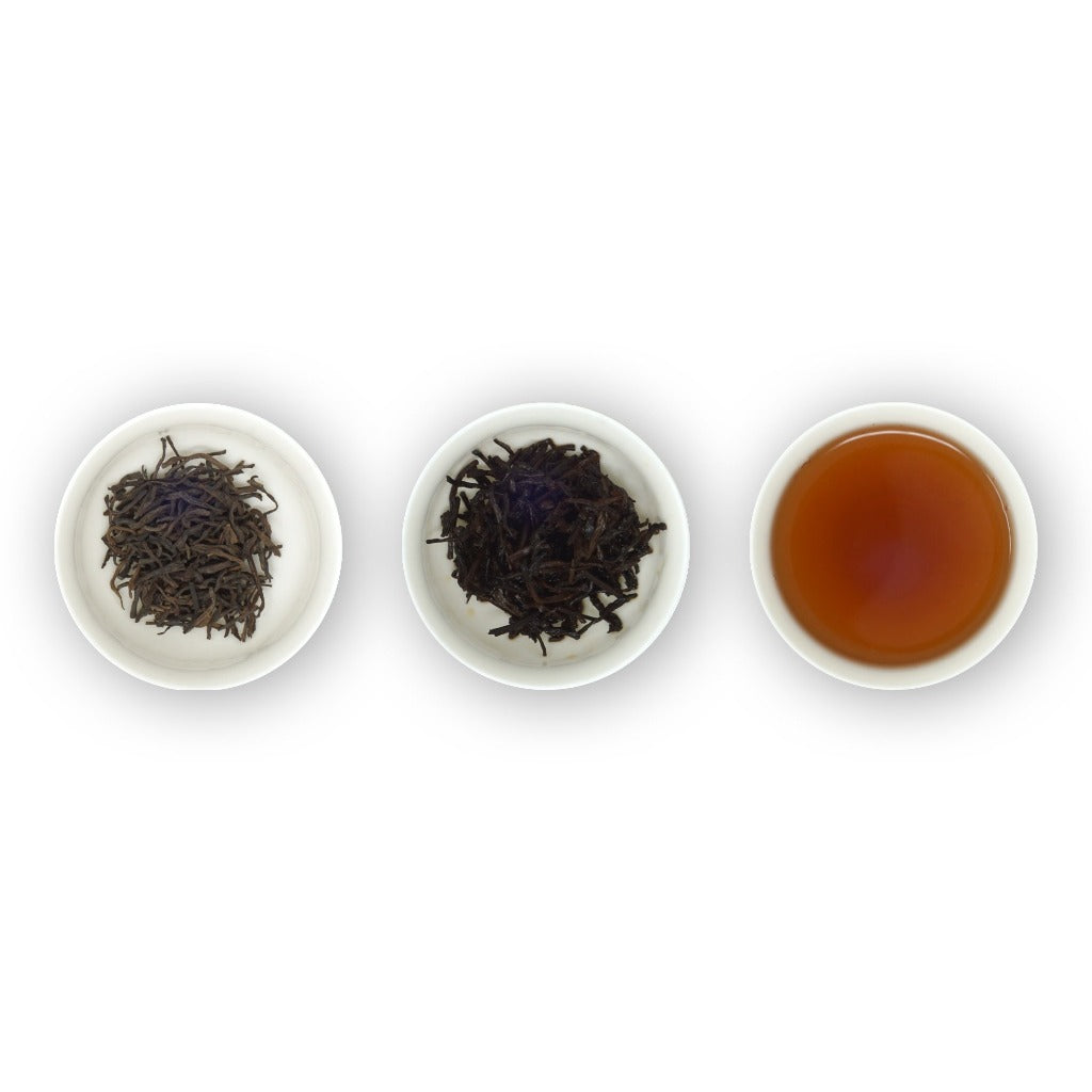 Loose leaf tea, Queen of Puerh dry leaves, wet leaves and liquor
