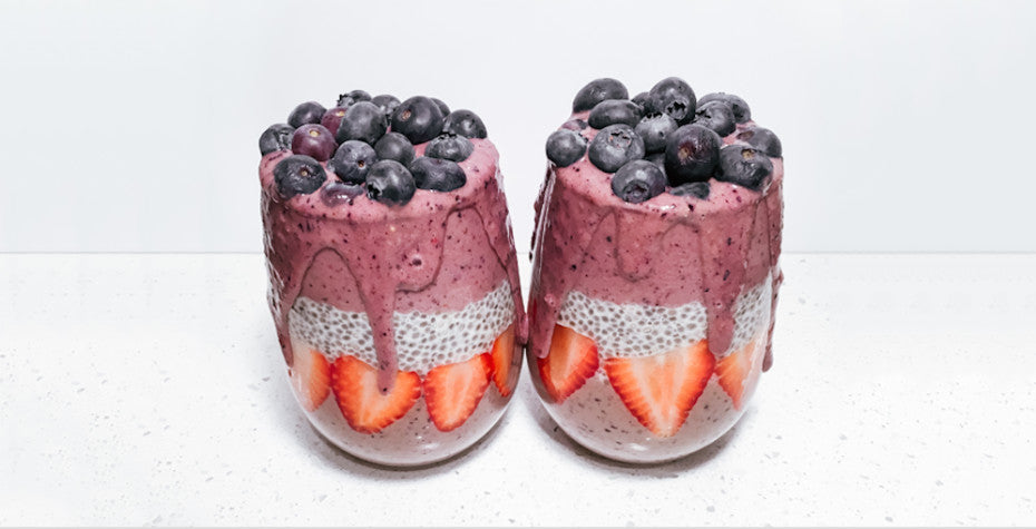 Berry Vanilla Chia Smoothie