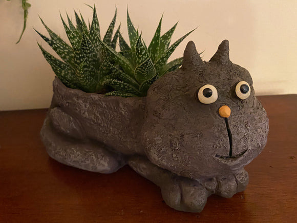 Blobhouse® 'Violet' the Cat Planter