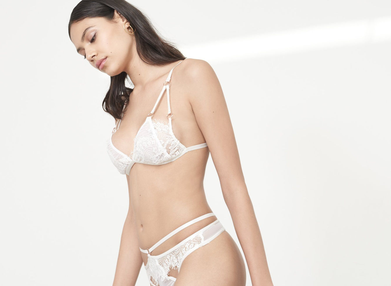 White Scallop Lace Strap Detail Mesh Thong