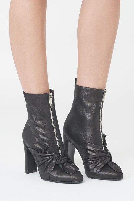 Twist Front Heeled Ankle Boots in Black Leather