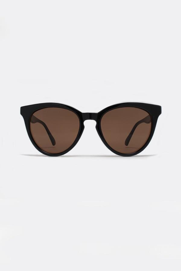 THE LOVE CATS Black Round Sunglasses