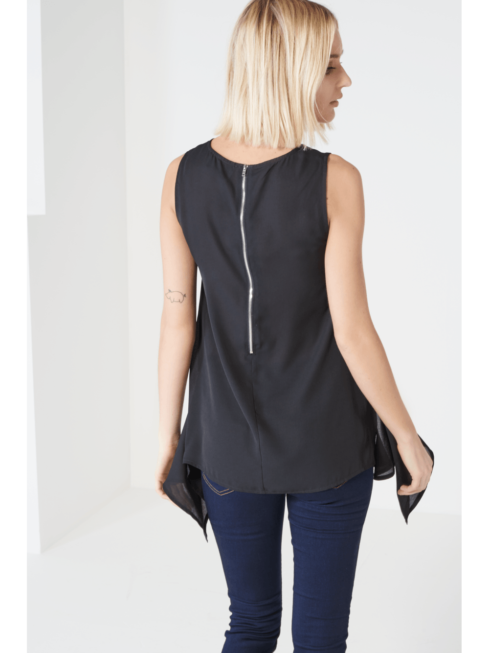 Black Hanky Hem Top