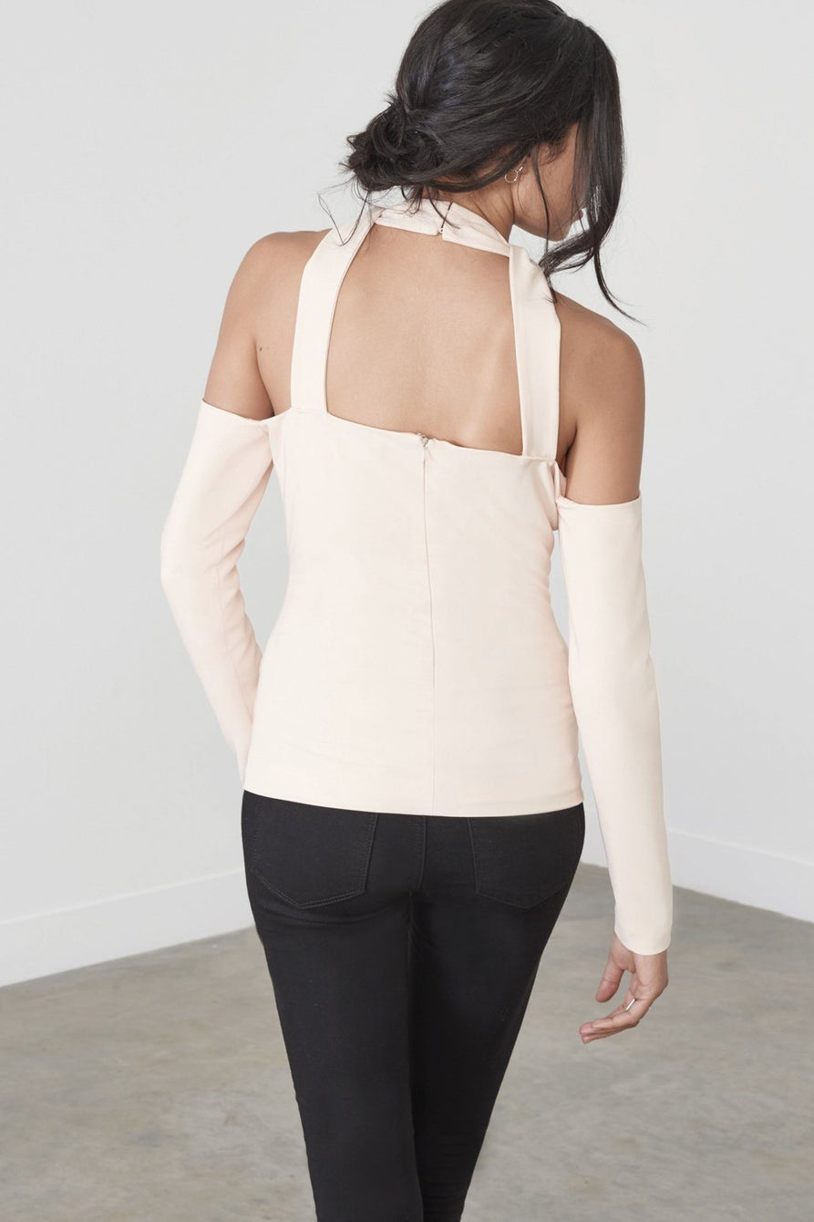 Cutaway Cold Shoulder Top in Soft Nude