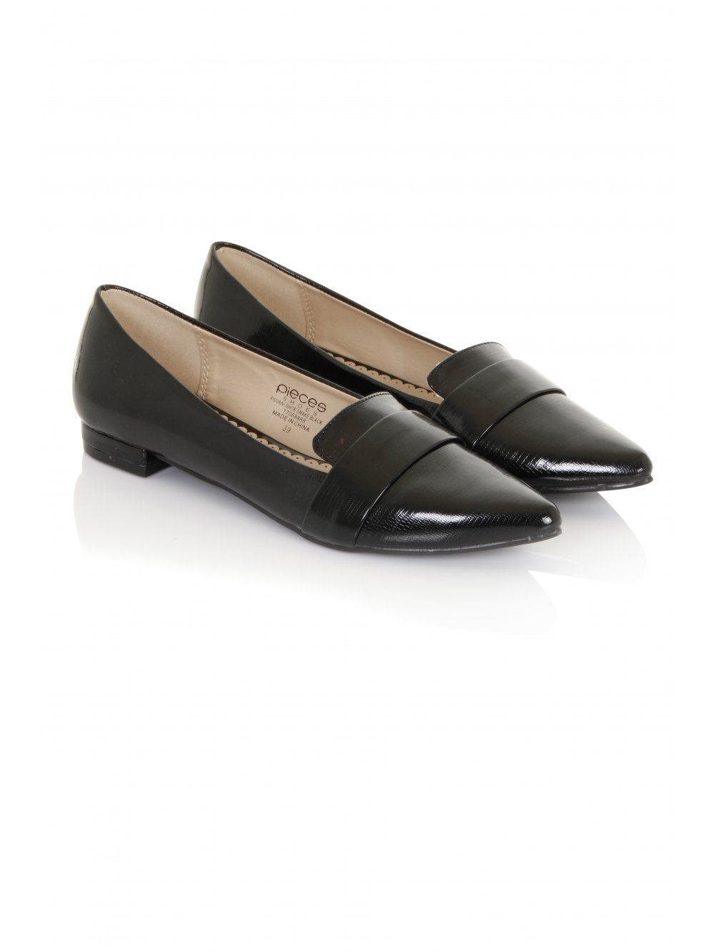 Black Snakeskin Effect Pointed Loafers