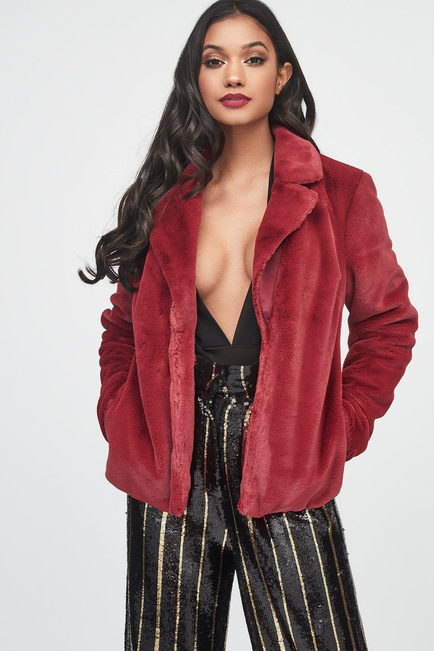 Shorthair Faux Fur Jacket in Burgundy