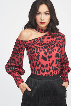 Choker Neck One Shoulder Balloon Sleeve Top in Red Leopard