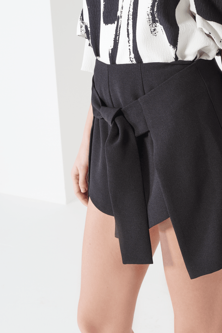Black Tie Front Side Split Shorts