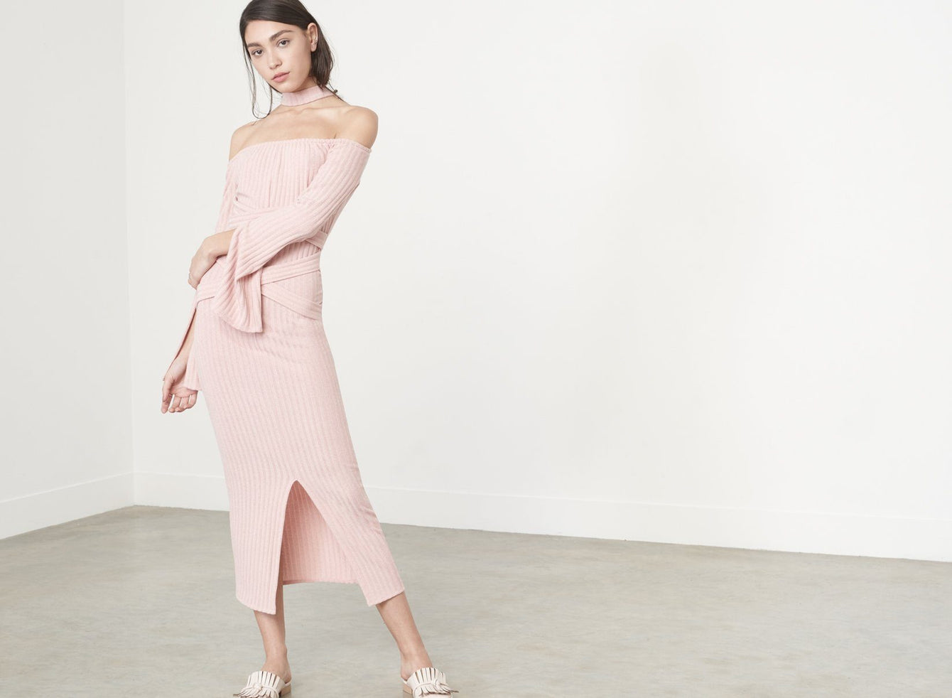 Deconstructed Collar Dress in Dusty Pink Knit