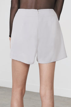 Tie-Front Hakama Shorts in Dove Grey