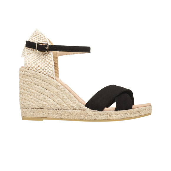 A beautiful and elegant black suede Espadrilles wedge. A very comfortable heel with platform shoe. Natural leather cousin insole. They are perfect for day and night!
