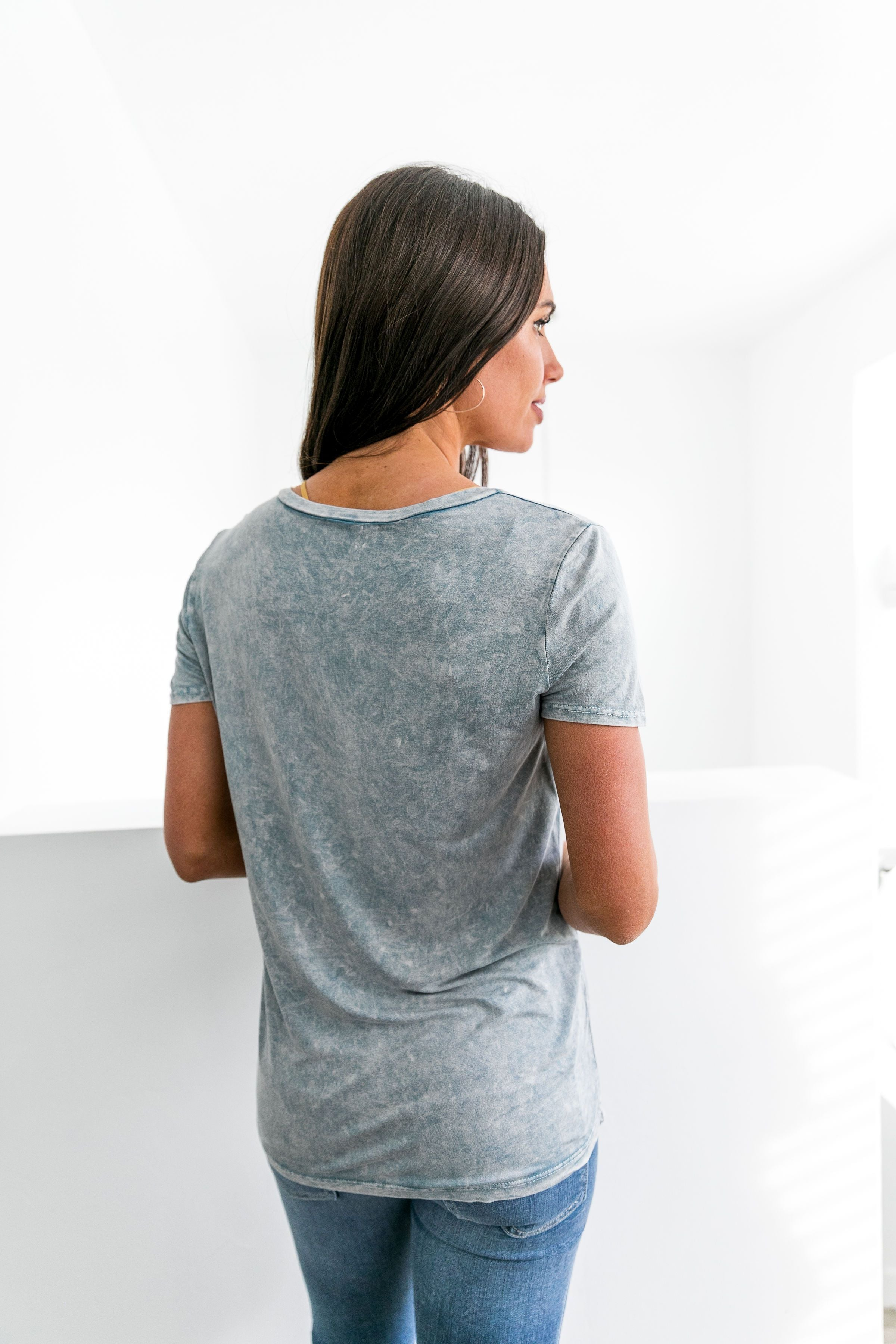 Acid Wash V-Neck Tee In Sky Blue