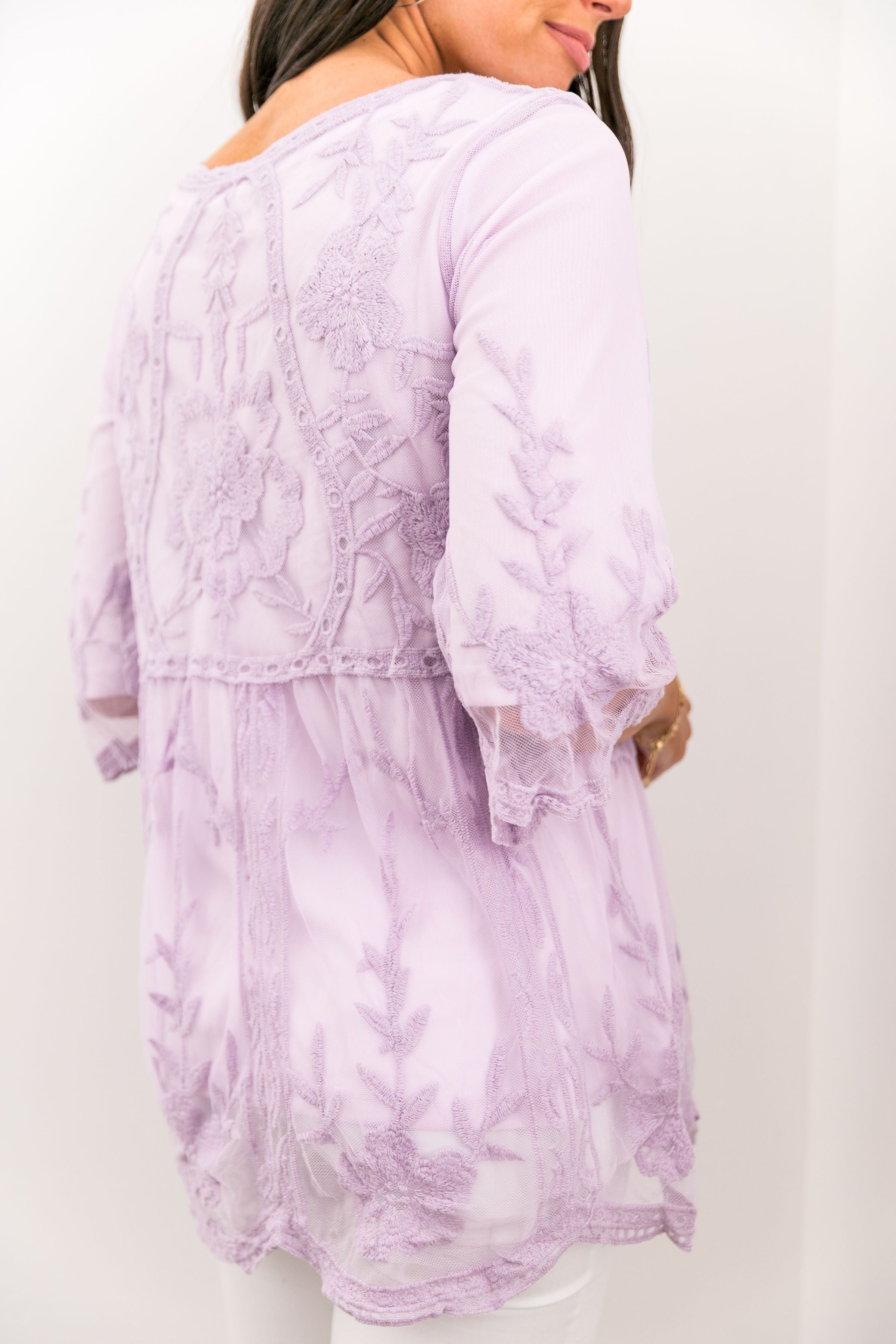 Flirty Lace Blouse In Lavender
