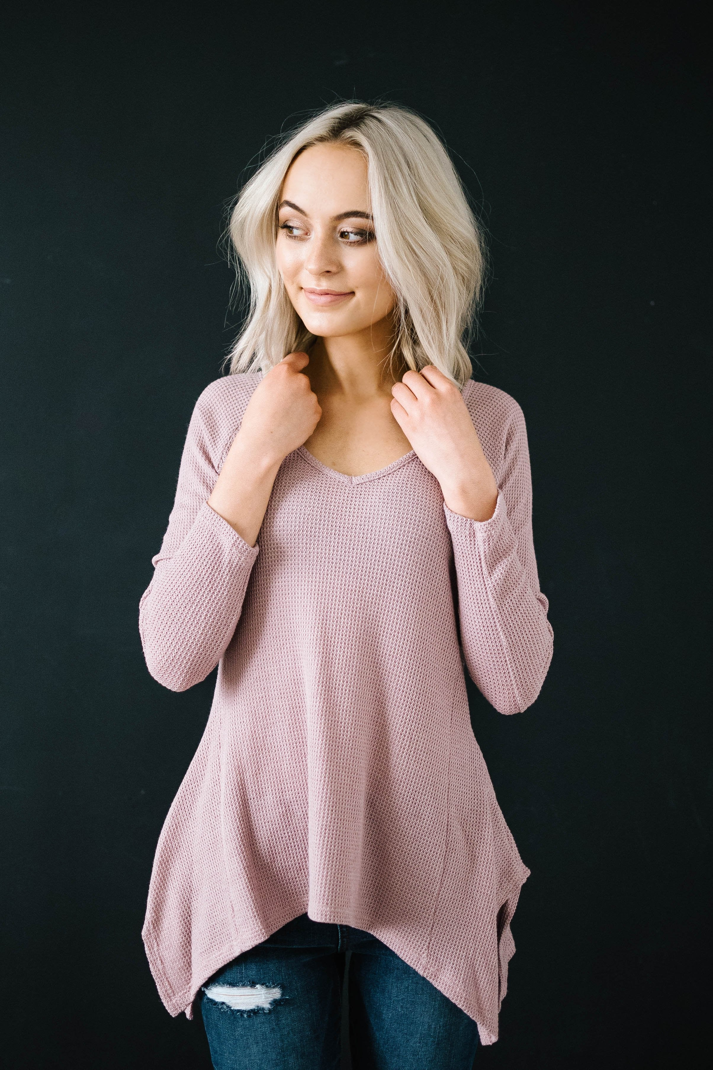 Willow Woven Shark Bite Top in Dusty Pink