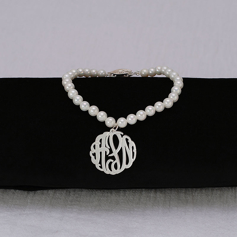"7"" 5mm Fresh Water Pearl Bracelet With 7/8 Monogram"