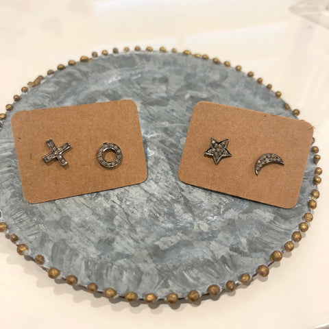 SMALL STUDS - MOON/STAR or X/O - A.FIER LIFESTYLE