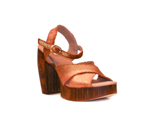Three-quarter view of Havana retro platform sandals in soft metallic gold fabric with wooden heel