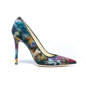 Profile of Kersen floral miuccia velvet high heel with pointed toe