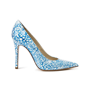 Profile of Kersen blue/white eponge patent leather high heel with pointed toe