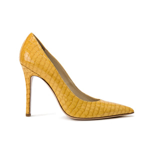 Profile of Kersen yellow crocco patent leather high heel with pointed toe