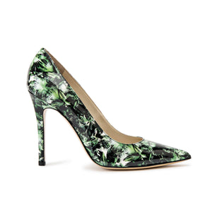 Profile of Kersen green leaf patent leather high heel with pointed toe