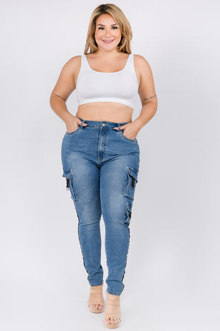 PLUS SIZE HIGH WAIST SKINNY JEANS WITH POCKET DETAILS