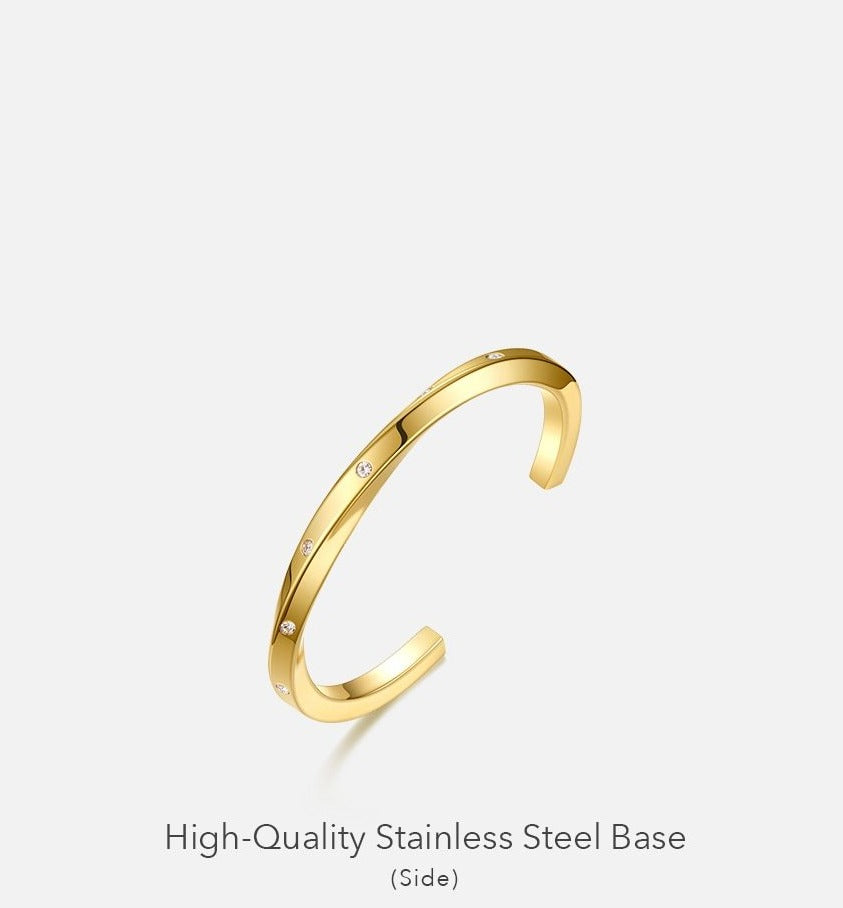 Benoit Crystal Bangle