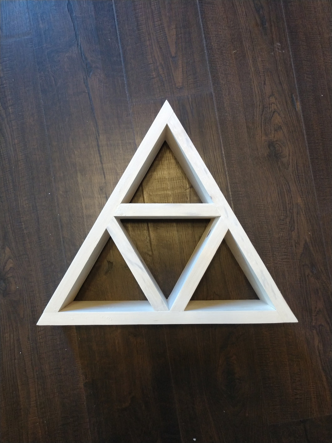 Triangle Shelf 5