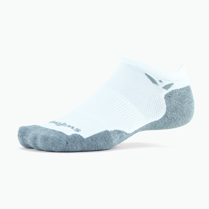 new Maxus Zero Tab Athletic Sock, white