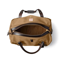 Load image into Gallery viewer, Filson ACCESSORIES - TRAVEL - DUFFEL BAG Filson, Medium Rugged Twill Duffle Bag, Tan