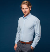 Load image into Gallery viewer, Mizzen & Main MEN - SHIRTS - BUTTON DOWNS Mizzen & Main, Nelson Trim Fit, Solid Blue