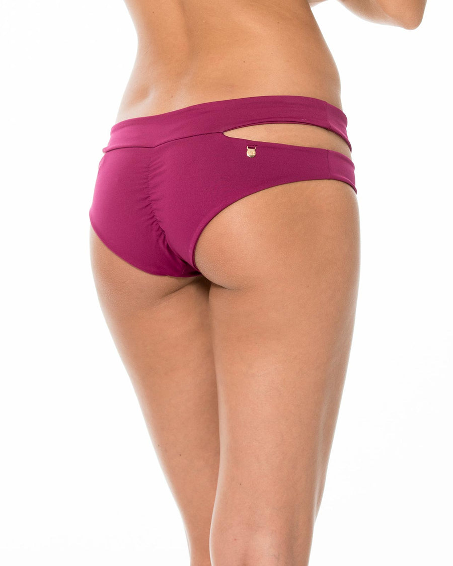SUMMER SOLSTICE SANGRIA CUTOUT BOTTOM BY MALAI