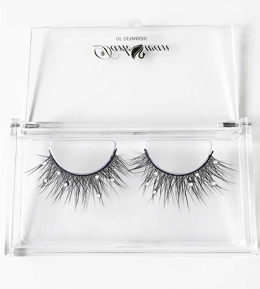 LUST (NATURAL VOLUME) - CRYSTALLISED LASHES DARK SWAN OF DENMARK DS-02