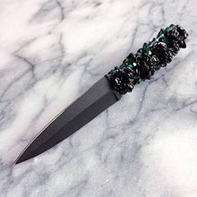 Emerald, Ruby; Blackrose, Bouquet Throwing Knife