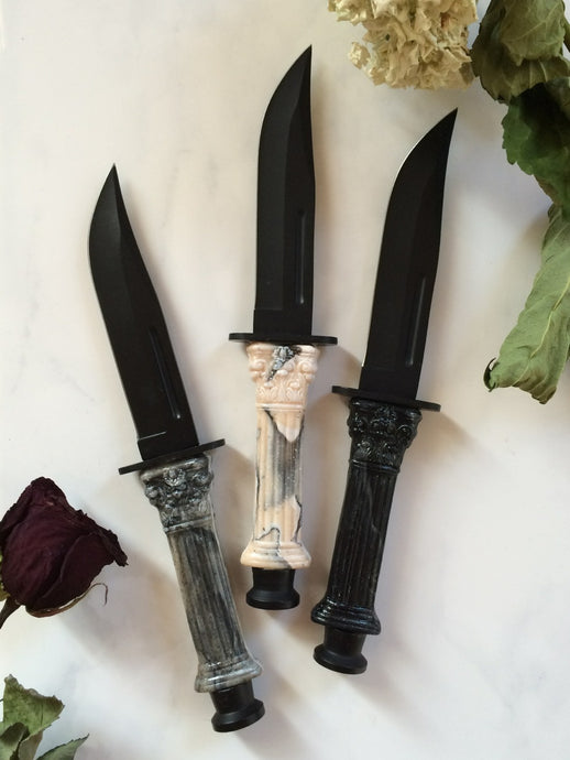 Temple of Caesar Clip Point Knives