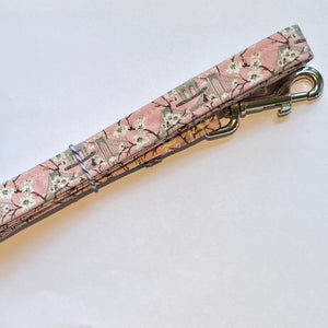 Newport Blossoms Dog Lead - Light Pink