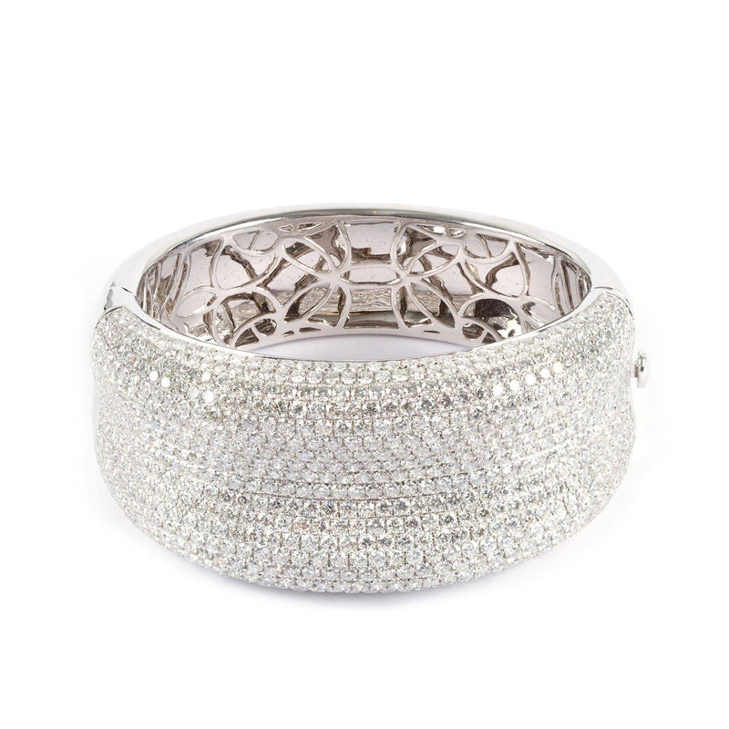 18K White Gold Micro Pavé Diamond Bangle Bracelet - Twain Time, Inc.