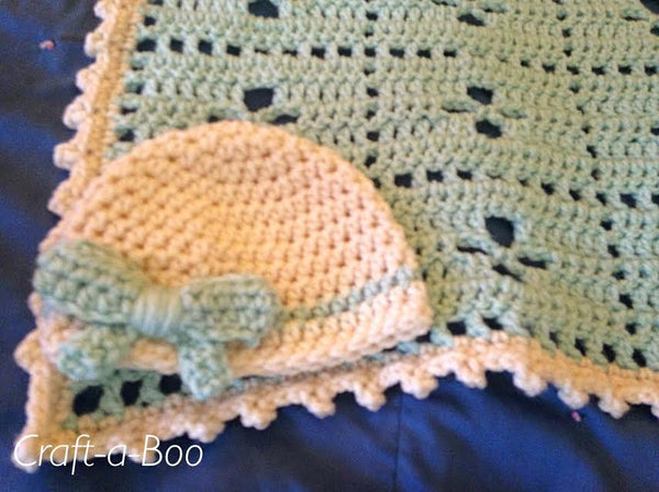 Chunky Baby Blanket with Hat