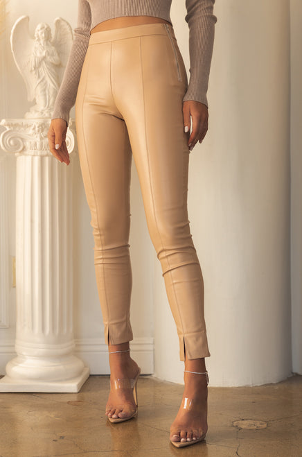 Make Jaws Drop Pant - Nude