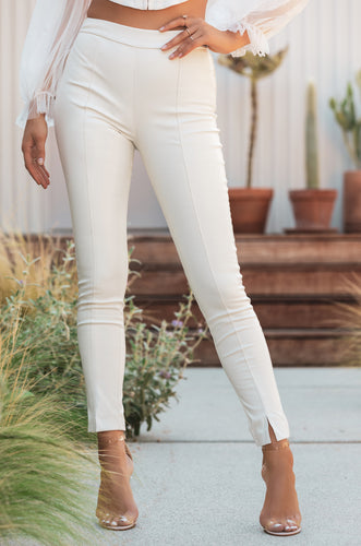 Make Jaws Drop Pant - White