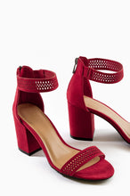 Haute Talk - Red