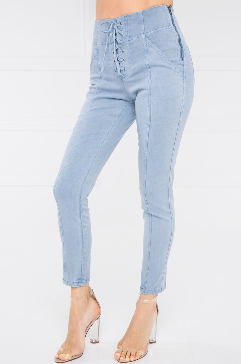 Center Stage Denim Pant - Light Wash