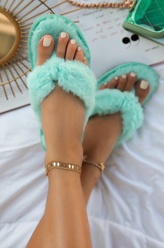 Sitting Cozy - Mint