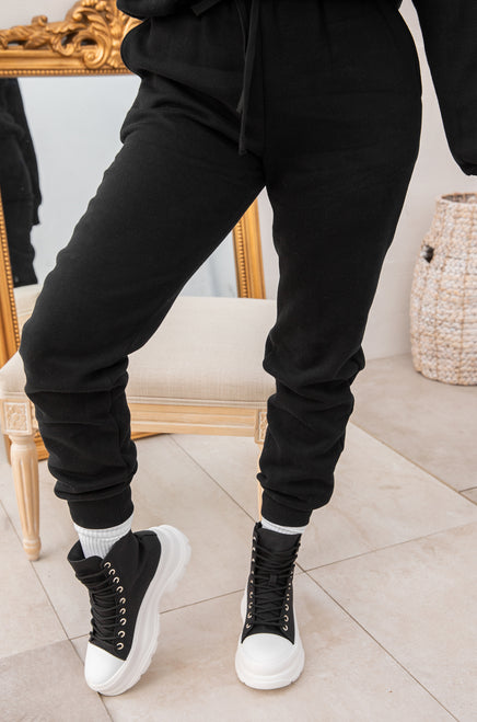 Cozy Feels Jogger - Black