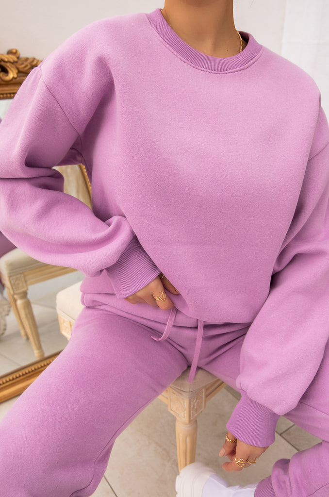 Cozy Feels Crewneck - Lavender